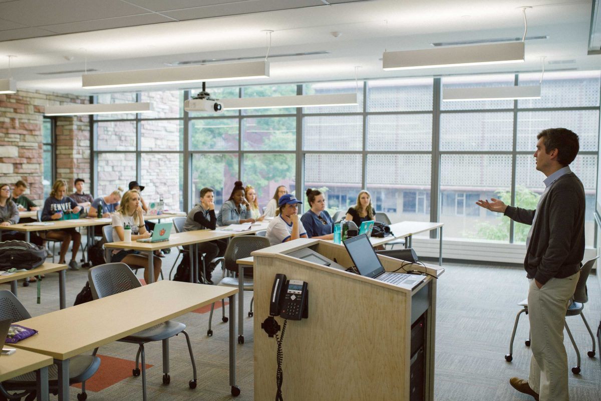 Dr. Evan Elkins teaching a class