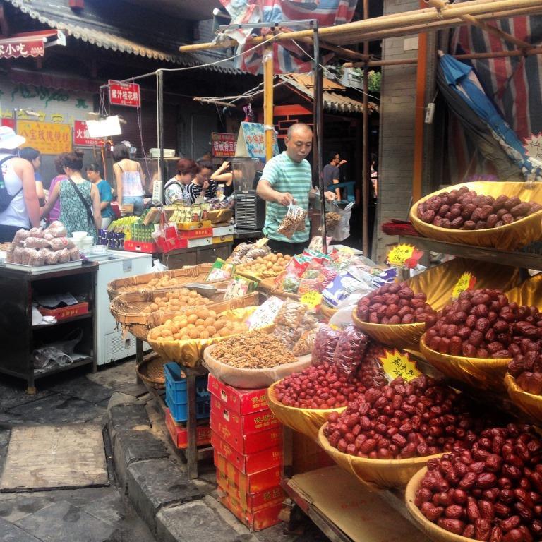Vendors in the Muslim Quarter