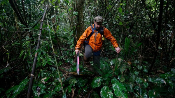 Chris Fisher in the Honduran jungle. Photo courtesy of Natl Geographic