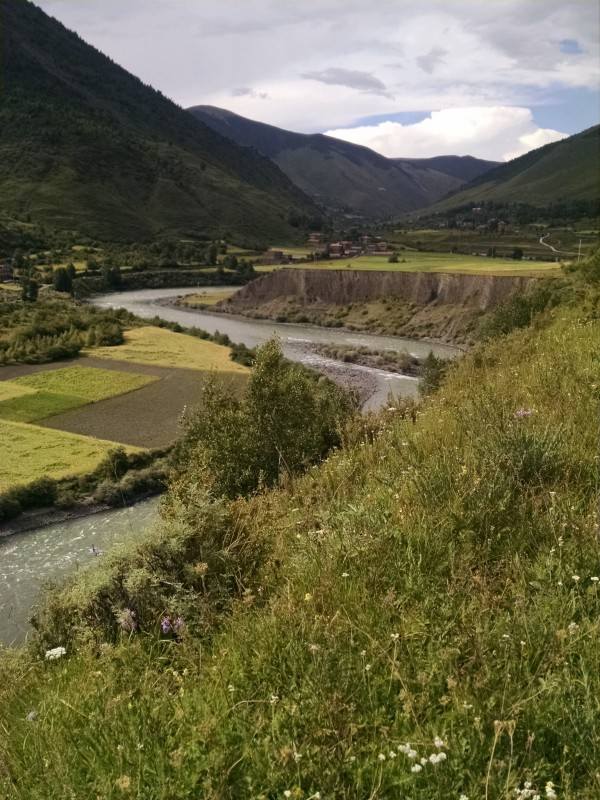 Tibetan landscape outside of Dora