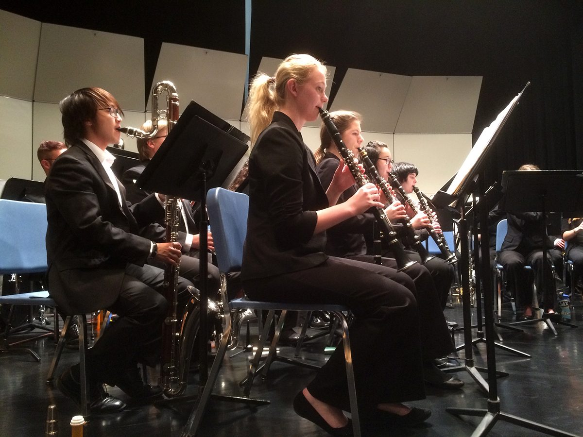 Wind Symphony Clarinets in concert
