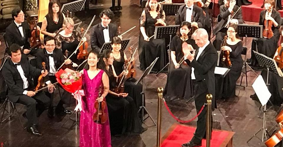 Vietnam National Symphony Orchestra Wes Kenney performance