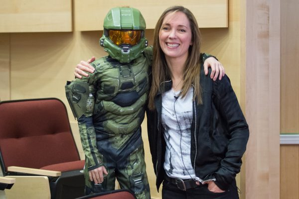 Journalism alumna Bonnie Ross is now the Corporate Vice President and Head of 343 Industries, which produces the Halo video game series.