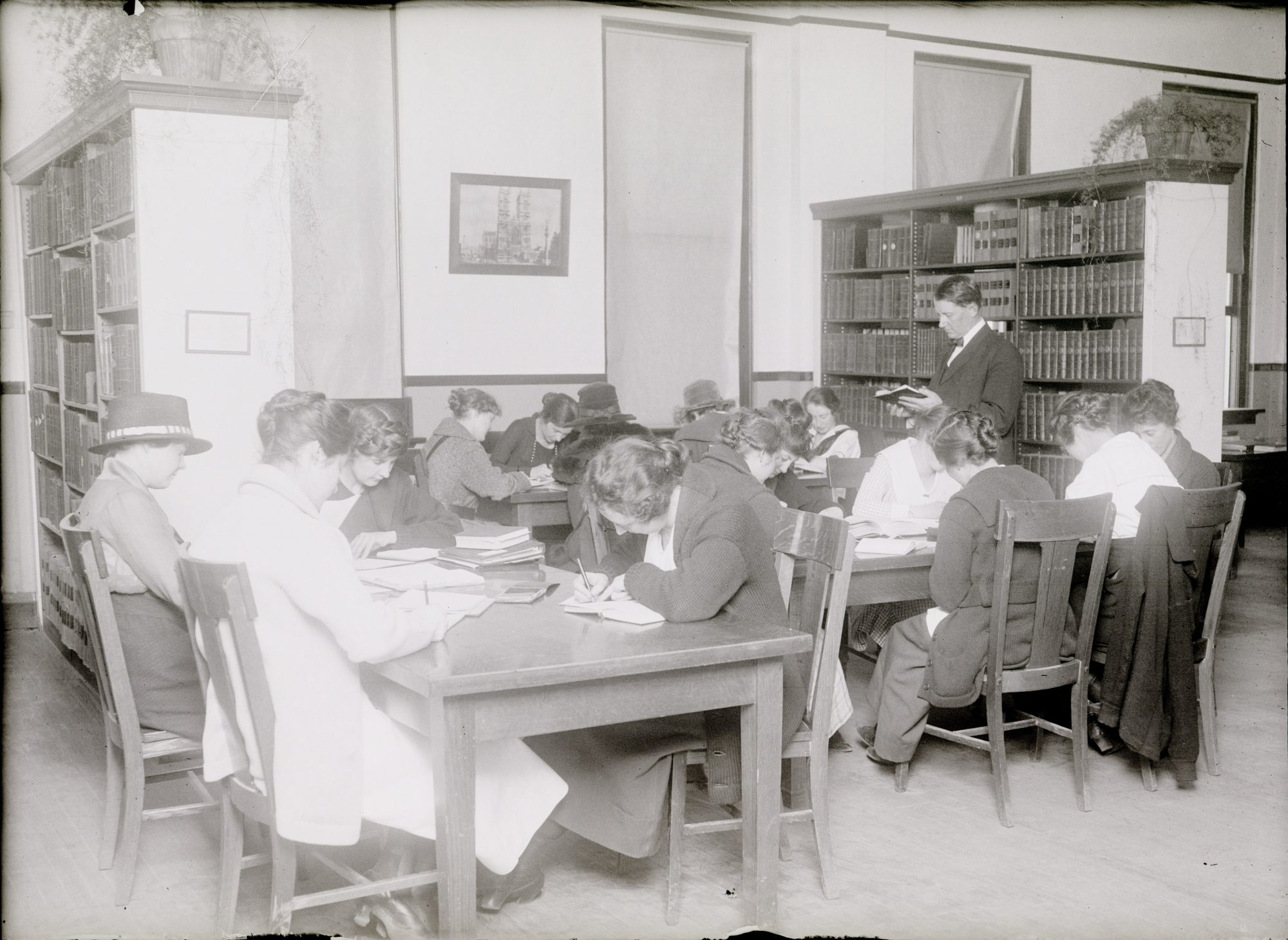 CSU English class in the early twentieth century
