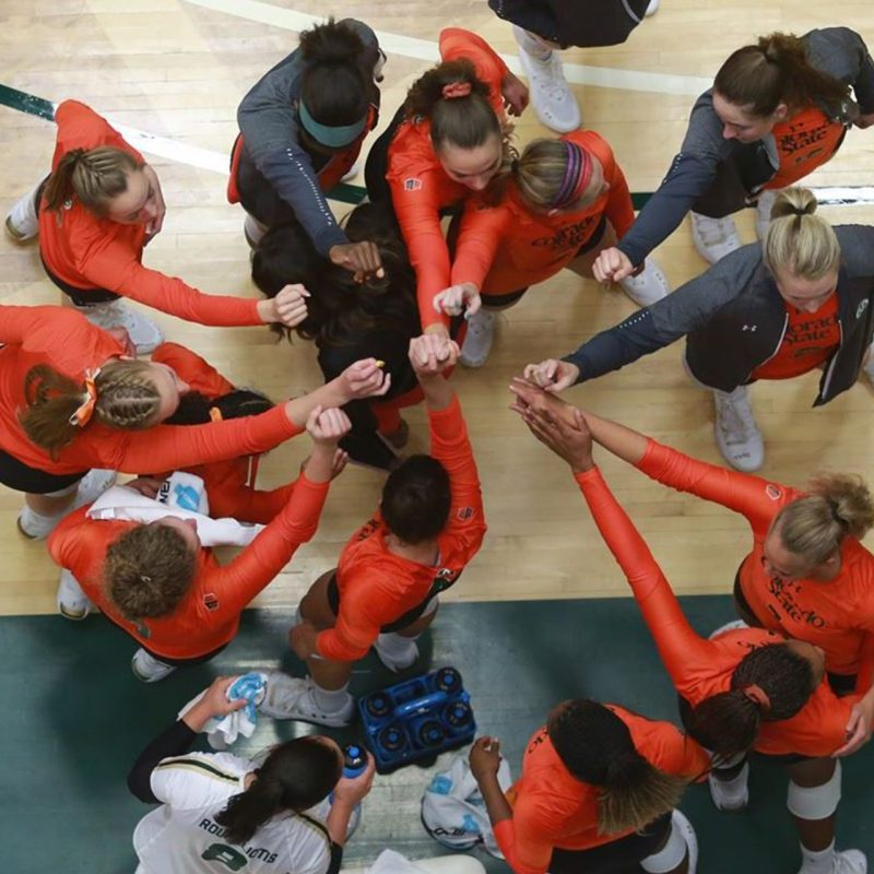 CSu Volleyball group huddle